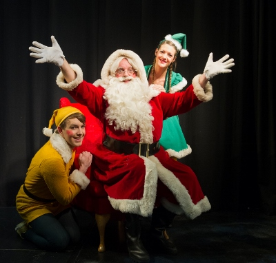 Santa production shot 16 (400x382)