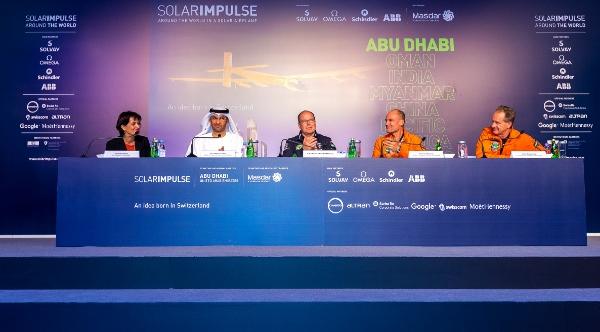 Si2 press conference 4 (600x332)